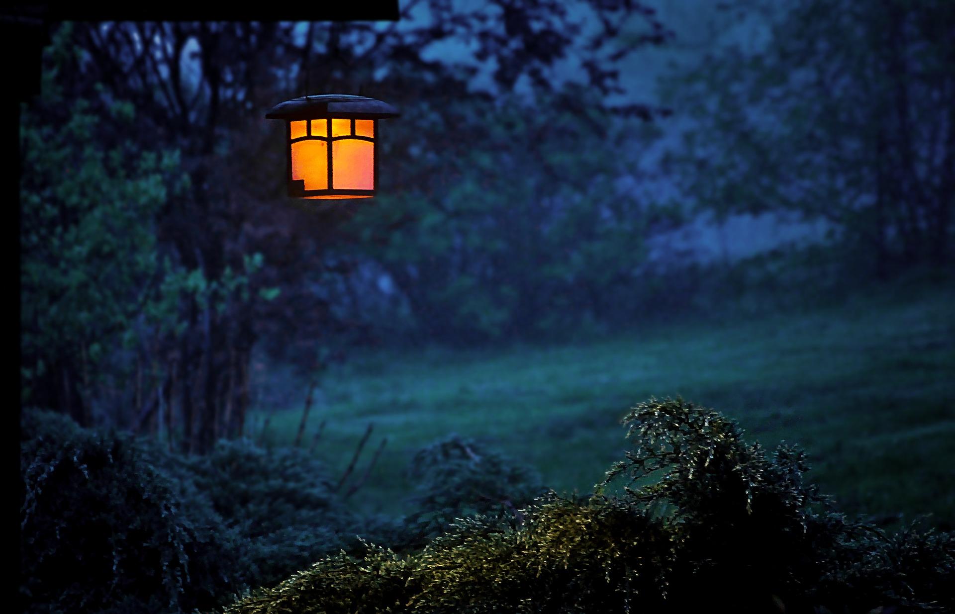 twilight-2291361_1920